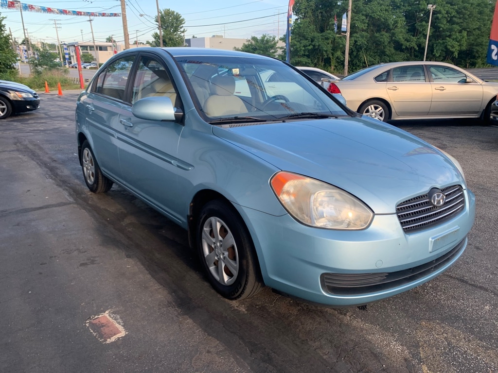 2008 HYUNDAI ACCENT GLS for sale at Stewart Auto Group