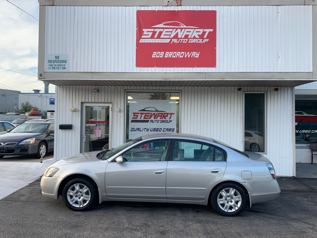 2005 NISSAN ALTIMA S for sale at Stewart Auto Group