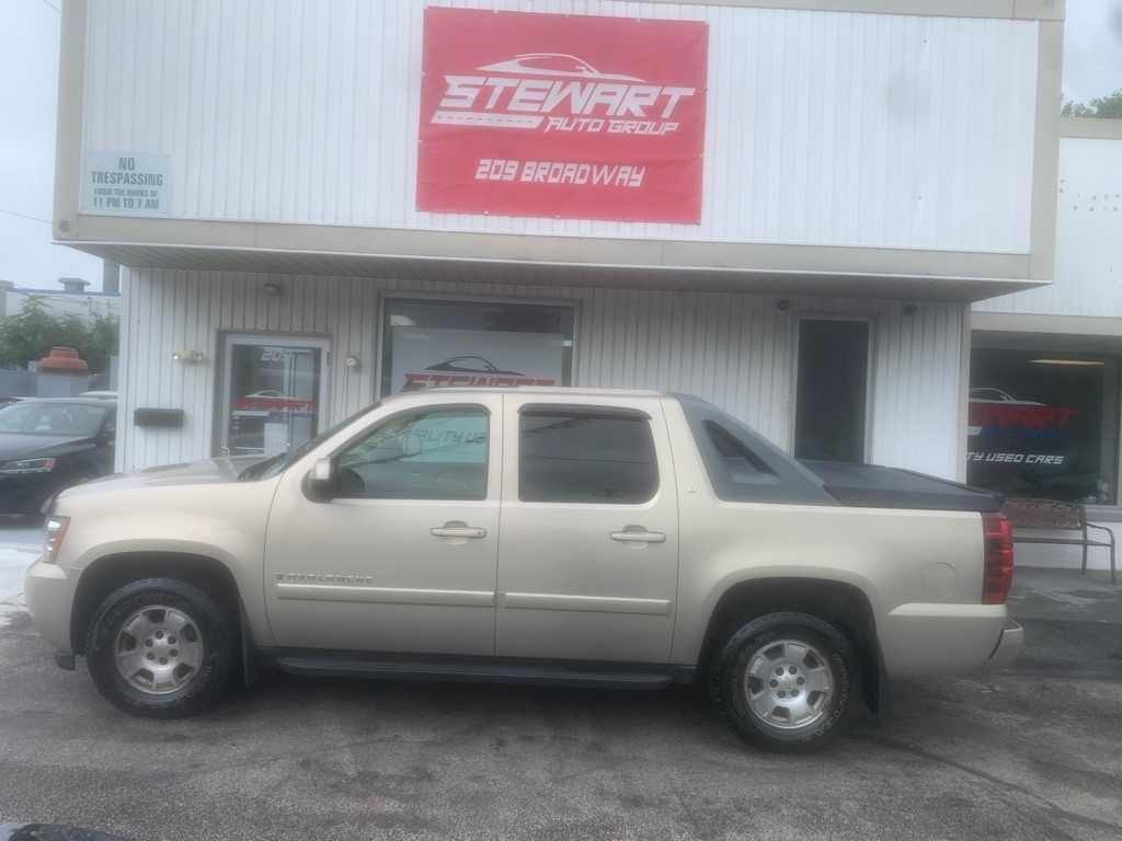 2009 CHEVROLET AVALANCHE 1500 LT for sale at Stewart Auto Group