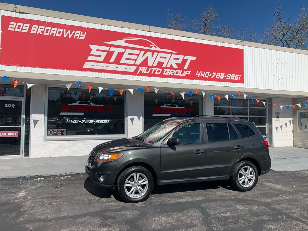 2011 HYUNDAI SANTA FE SE for sale at Stewart Auto Group