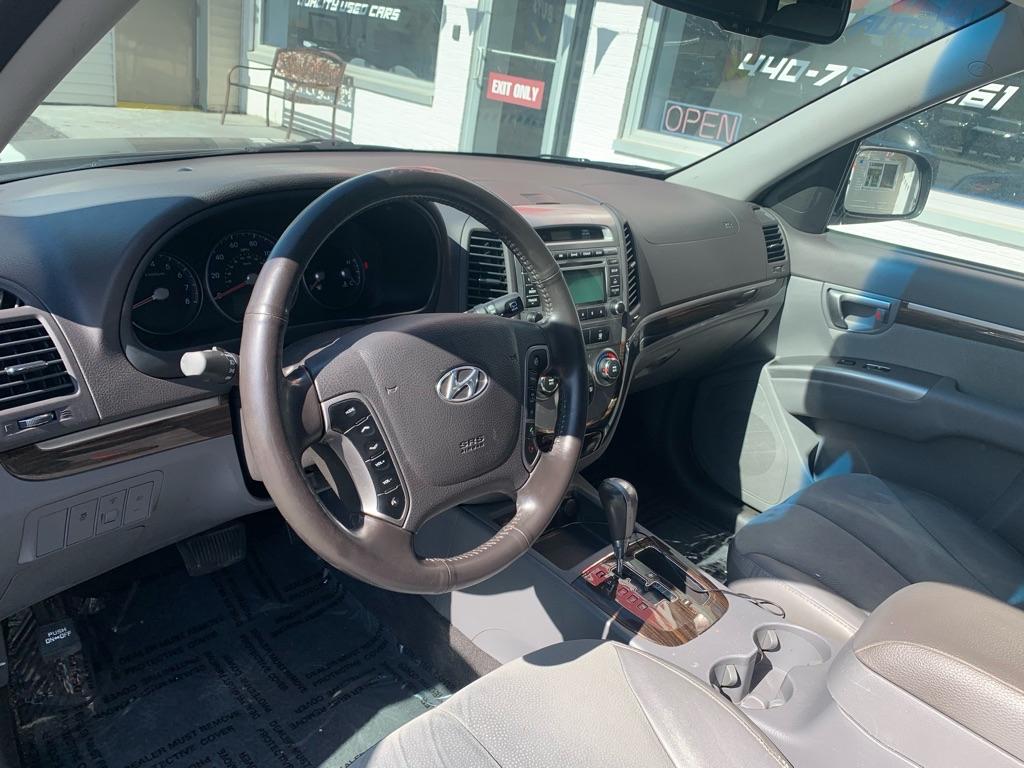 2011 HYUNDAI SANTA FE SE for sale at Stewart Auto Group