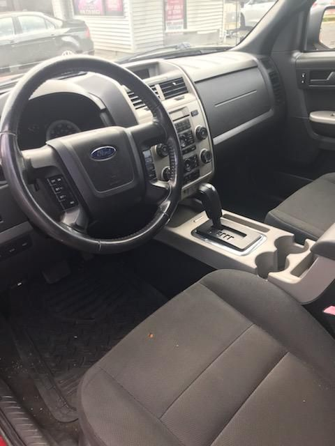 2009 FORD ESCAPE XLT for sale at Laskey Auto Sales