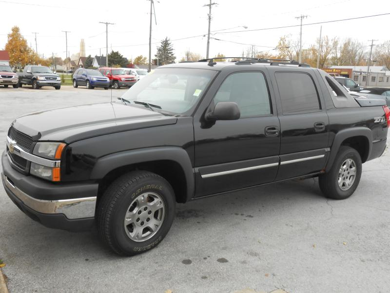 2006 Chevrolet Avalanche for sale at Migizii Auto Sales | Used Car Dealer in Sandusky Ohio