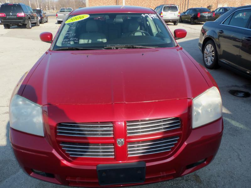 2006 Dodge Magnum for sale at Migizii Auto Sales | Used Car Dealer in Sandusky Ohio