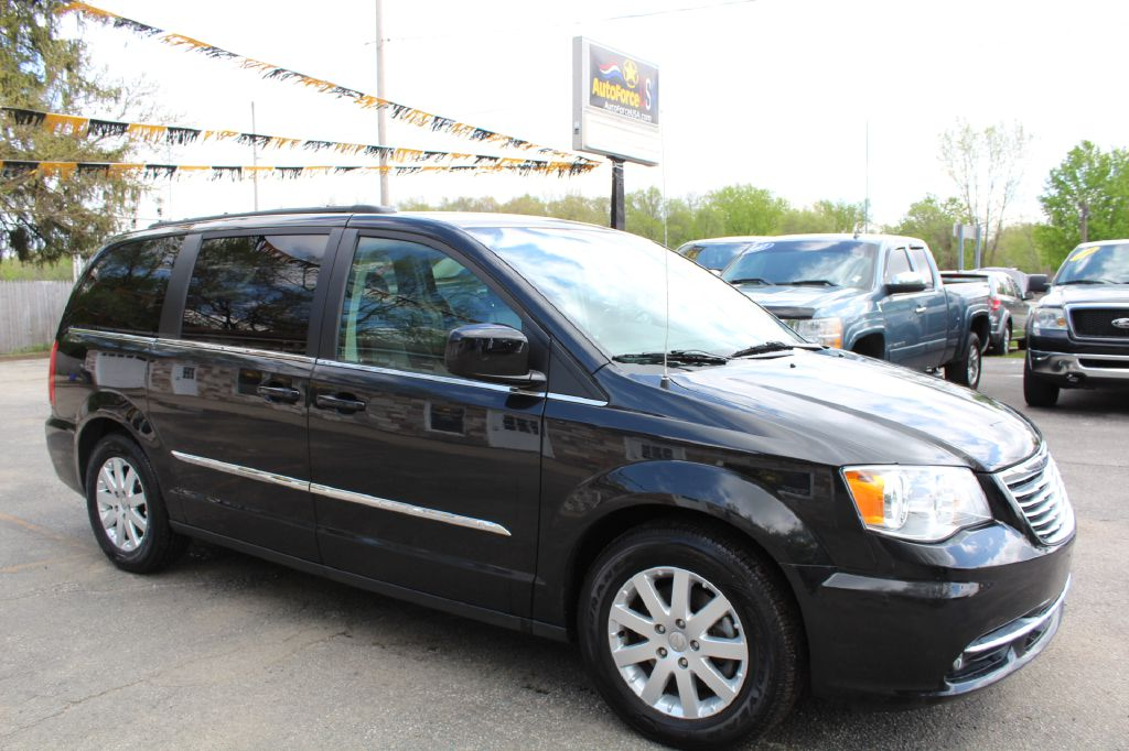 2016 CHRYSLER TOWN & COUNTRY 2C4RC1BG0GR166310 AMCORP