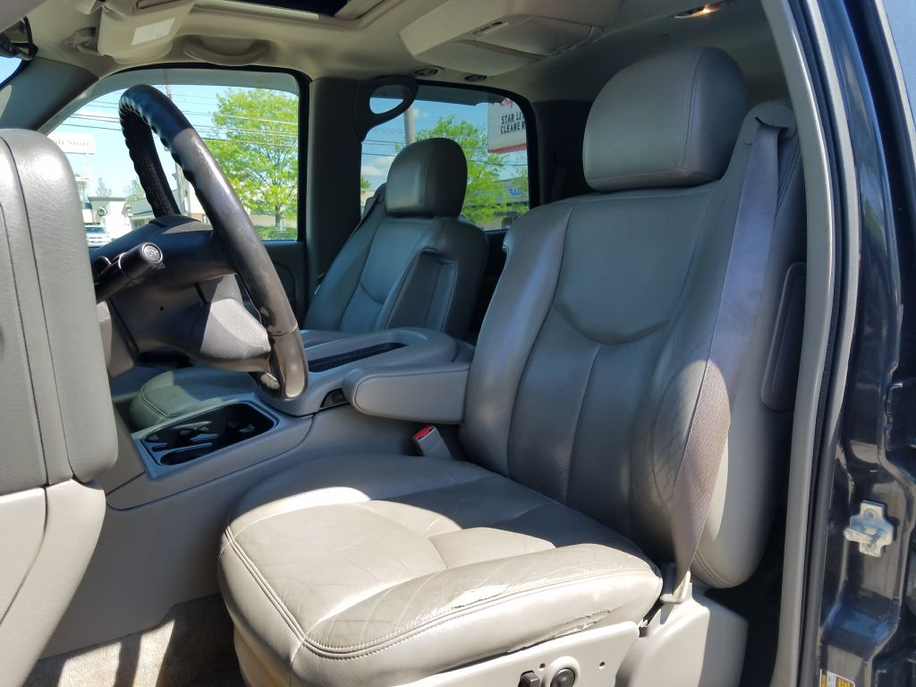 2004 CHEVROLET TAHOE 1500 for sale at Ideal Motorcars