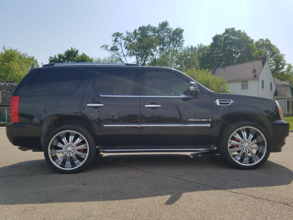 2008 CADILLAC ESCALADE LUXURY for sale at Ideal Motorcars