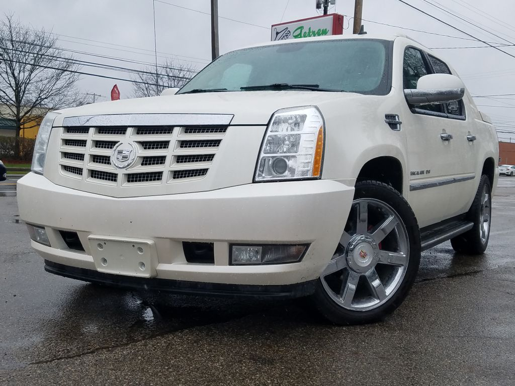 2010 CADILLAC ESCALADE EXT LUXURY