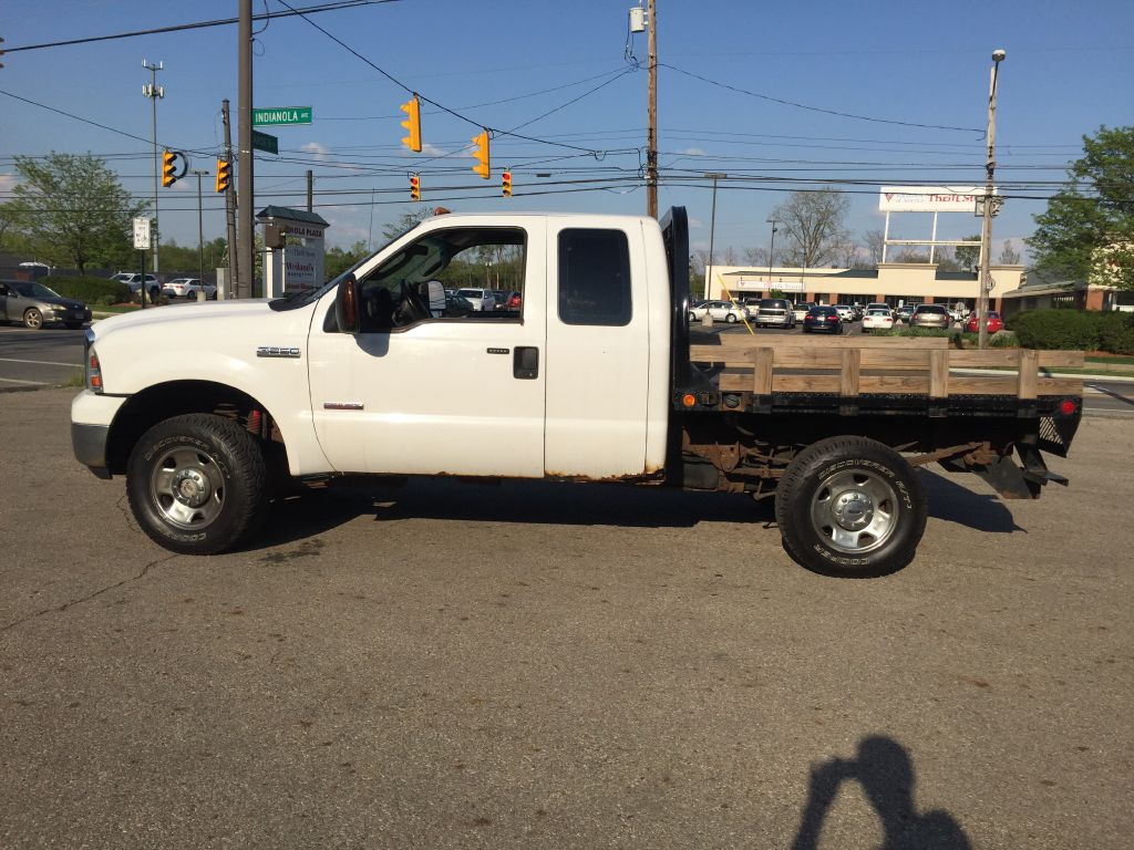 2006 FORD F250 SUPER DUTY for sale at Ideal Motorcars