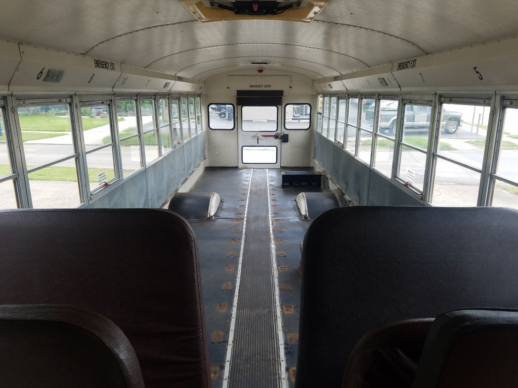 1999 INTERNATIONAL 380 SCHOOL BUS for sale at Ideal Motorcars