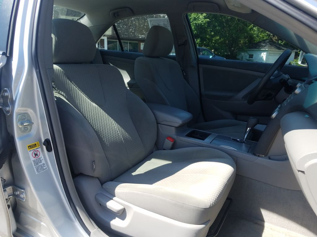 2008 TOYOTA CAMRY LE for sale at Ideal Motorcars