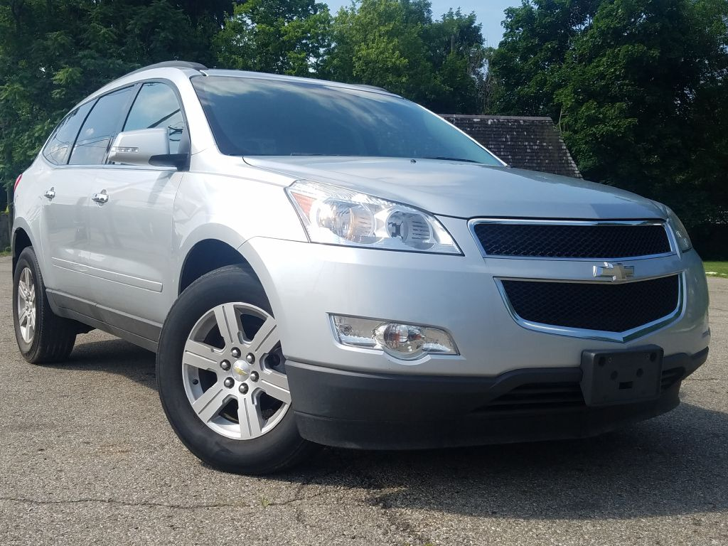 2011 CHEVROLET TRAVERSE LT for sale at Ideal Motorcars
