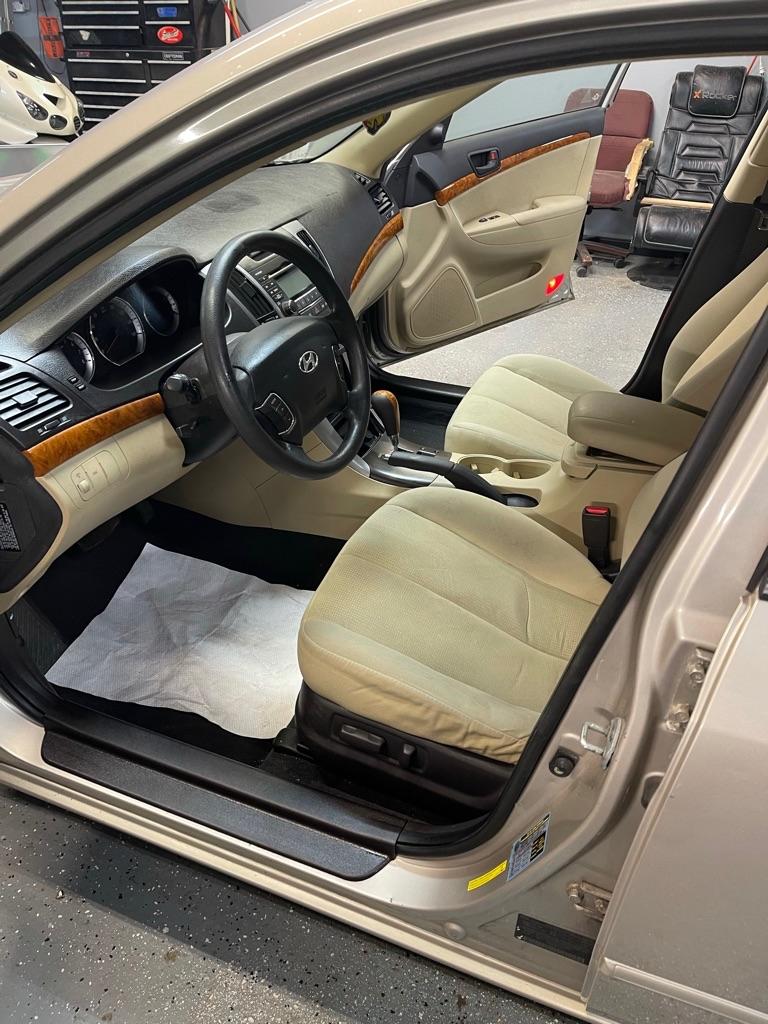 2009 HYUNDAI SONATA LE for sale at Xtreme Auto Group