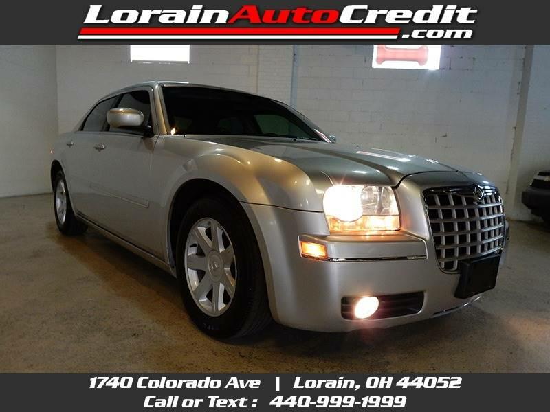2005 CHRYSLER 300 2C3JA53G75H108999 LORAIN AUTO CREDIT LLC