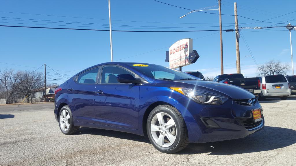 2013 HYUNDAI ELANTRA  Rogers Motor Company Wichita Falls TX