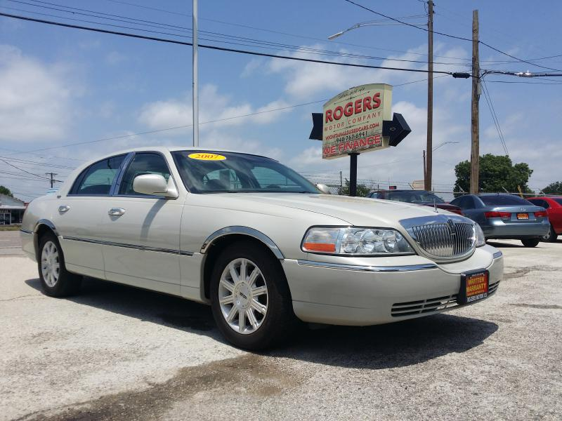 2007 LINCOLN TOWN CAR  Rogers Motor Company Wichita Falls TX
