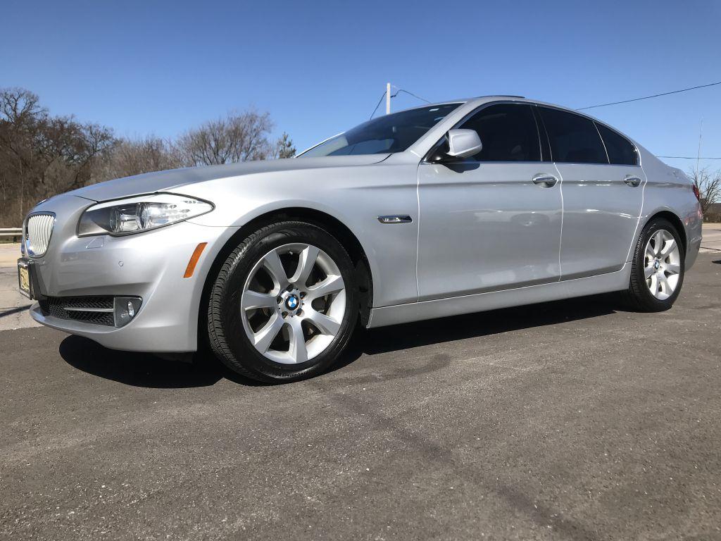 2011 BMW 550 WBAFR9C57BC758685 CALLAHAN CAR COMPANY