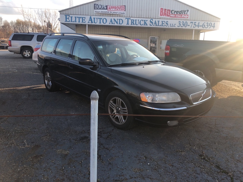 2006 VOLVO V70 2.5T for sale at Elite Auto and Truck Sales