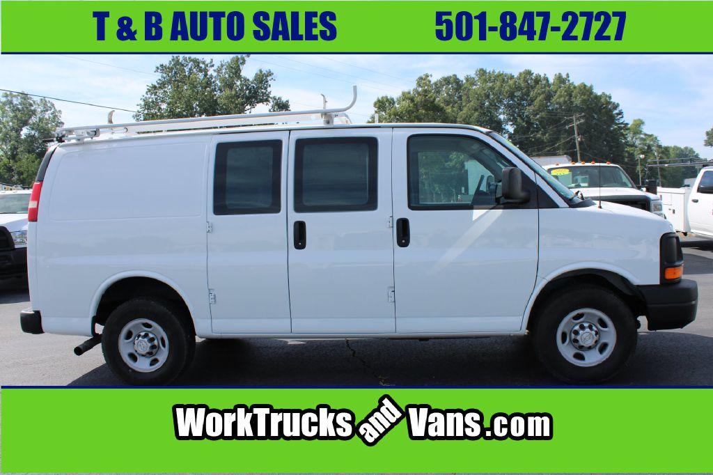 Vans Auto Sales >> 2015 Chevrolet 2500 Express Gas Cargo Van Bryant Ar