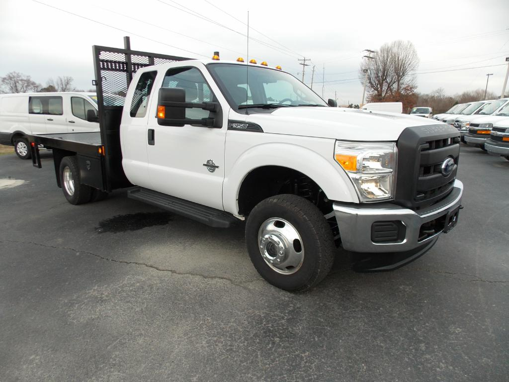 FLATBED-FORD-F350 SUPER DUTY