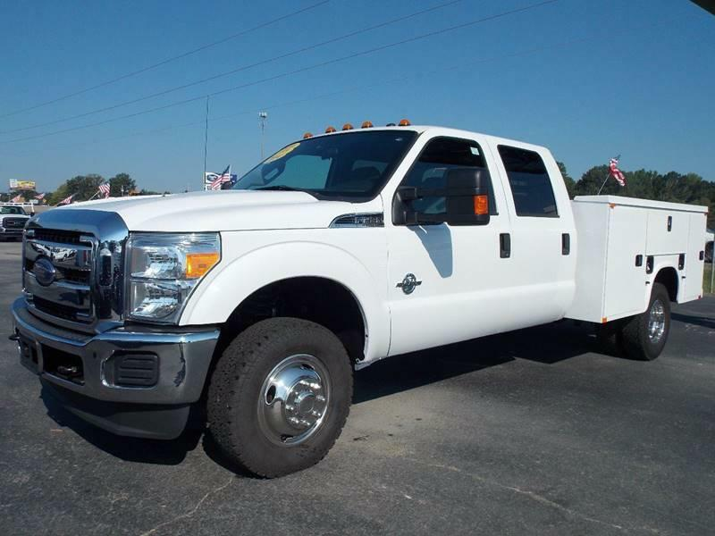 UTILITY-FORD-F350 SUPERDUTY