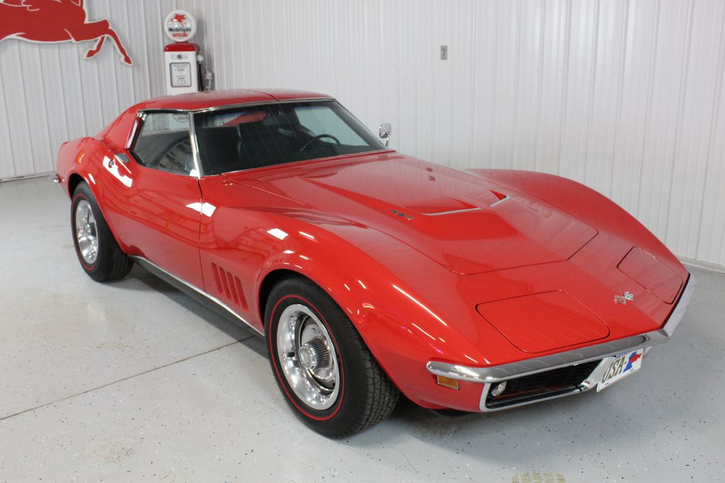 1968 CHEVY CORVETTE