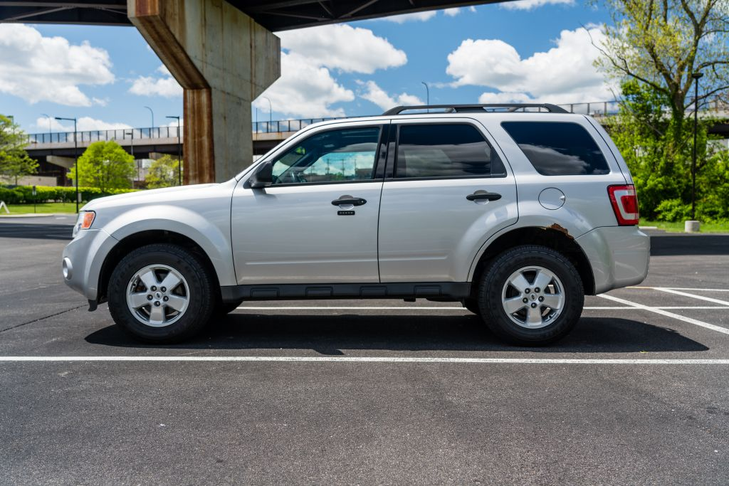 2012 FORD ESCAPE XLT for sale at JJ's Auto Outlet