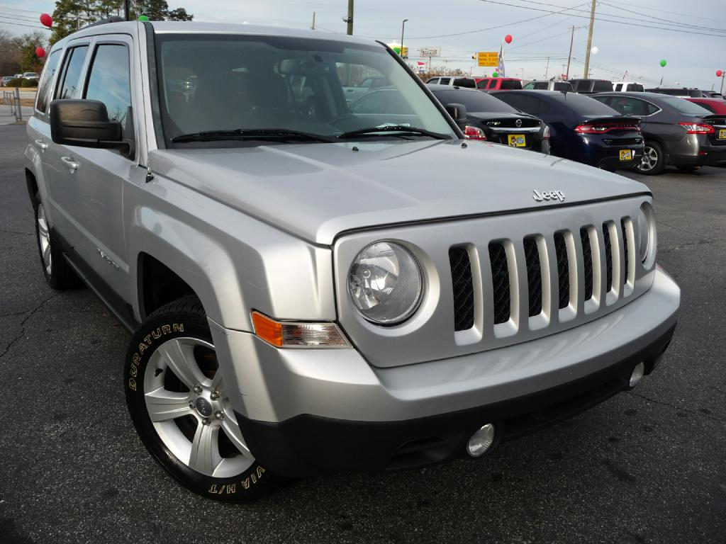 2014 JEEP PATRIOT LATITUDE Air Conditioning Power Windows Power Locks Power Steering Tilt Whee