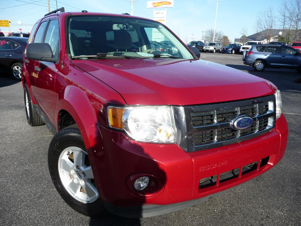 2010 FORD ESCAPE XLT Air Conditioning Power Windows Power Locks Power Steering Tilt Wheel AM