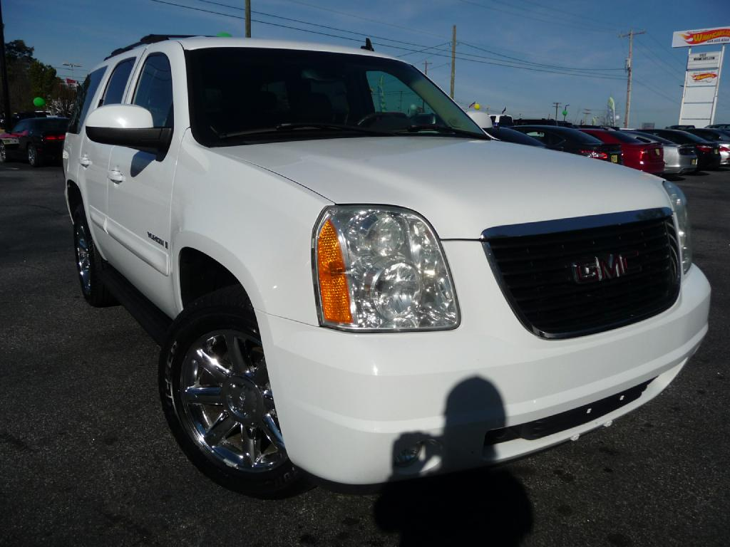 2007 GMC YUKON Air Conditioning Power Windows Power Locks Power Steering Tilt Wheel AMFM CDM
