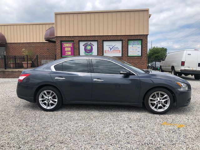 2009 NISSAN MAXIMA S for sale at Zombie Johns