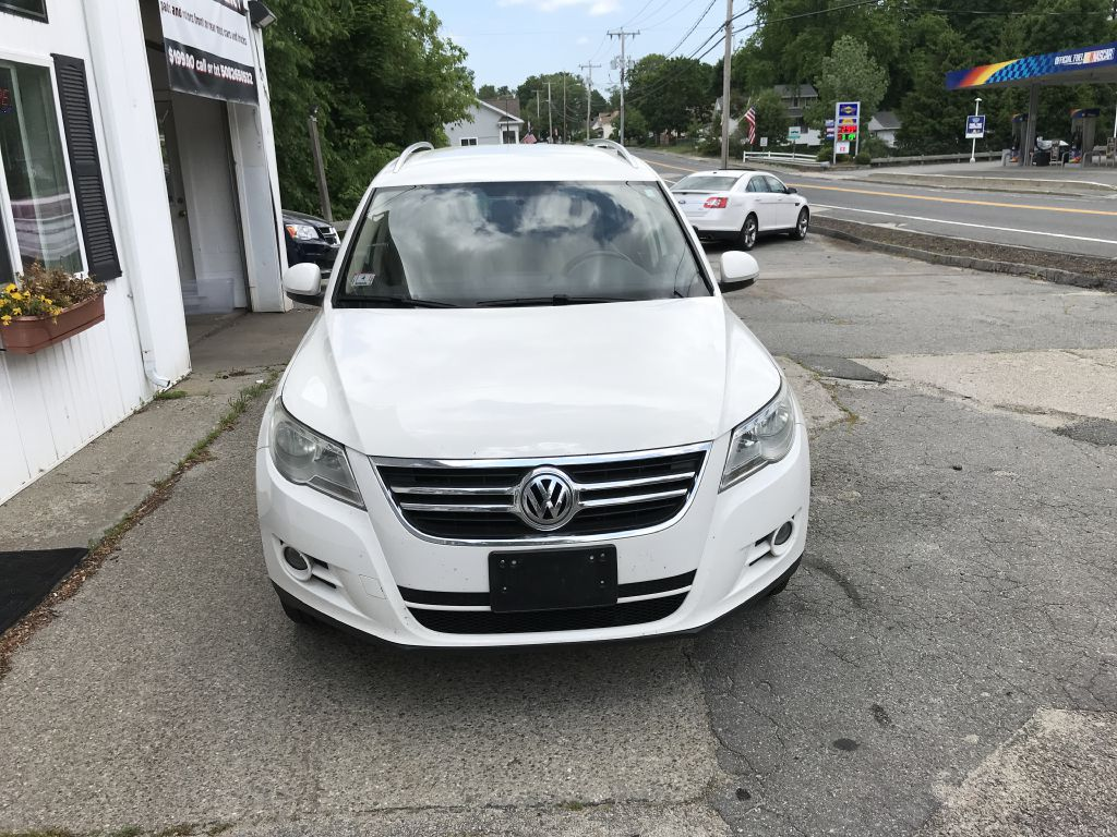 2009 VOLKSWAGEN TIGUAN WVGBV75N19W000389 BUCKLEY AUTO CENTER