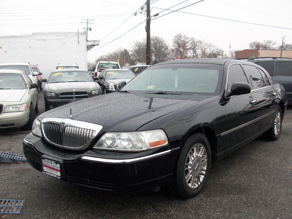 2011 Lincoln Town Car Signature Long Wheelbase Baltimore Md