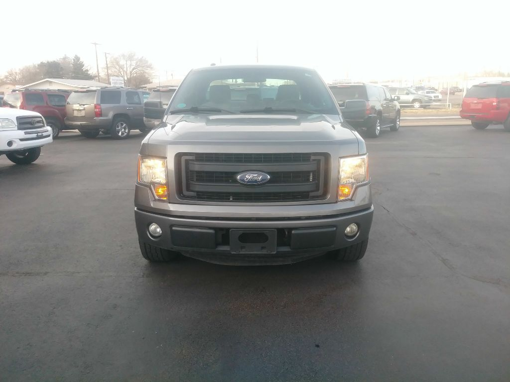 2013 Ford F150 SUPER CAB /