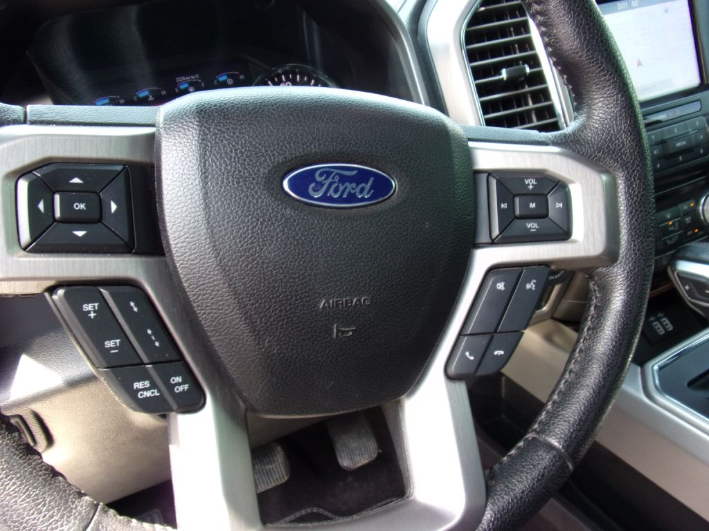 2016 Ford F150 SUPERCREW /