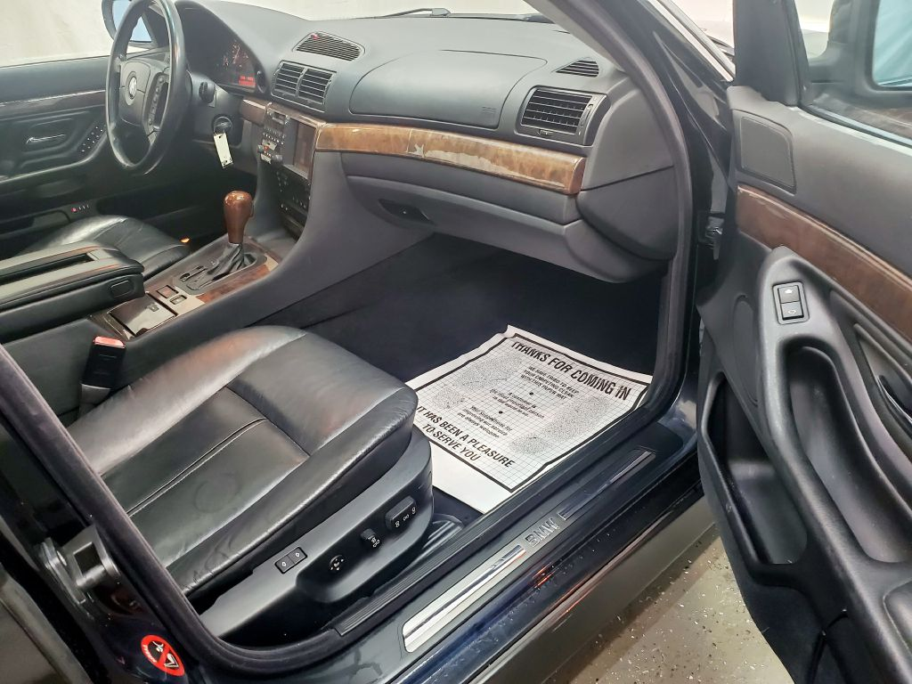 2000 BMW 740 IL for sale at Fast Track Auto Mall