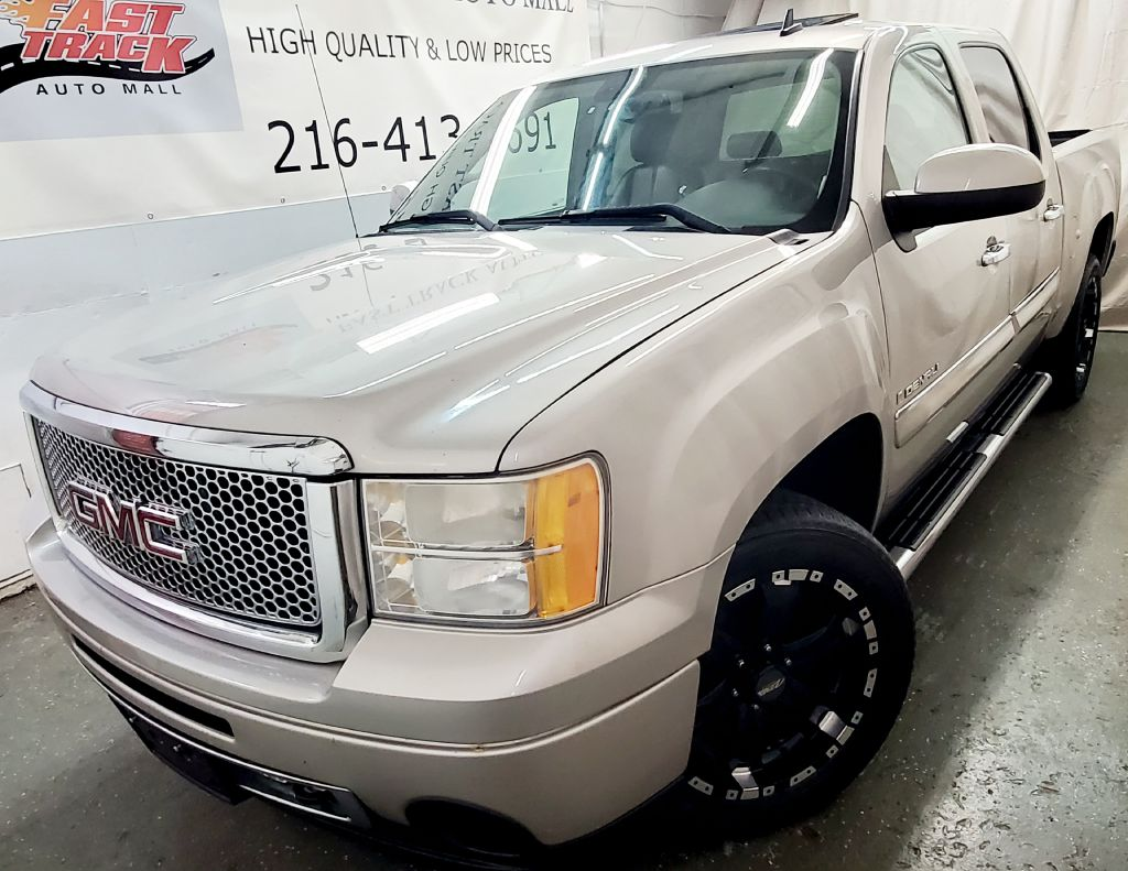 2008 GMC NEW SIERRA 1500 DENALI for sale at Fast Track Auto Mall