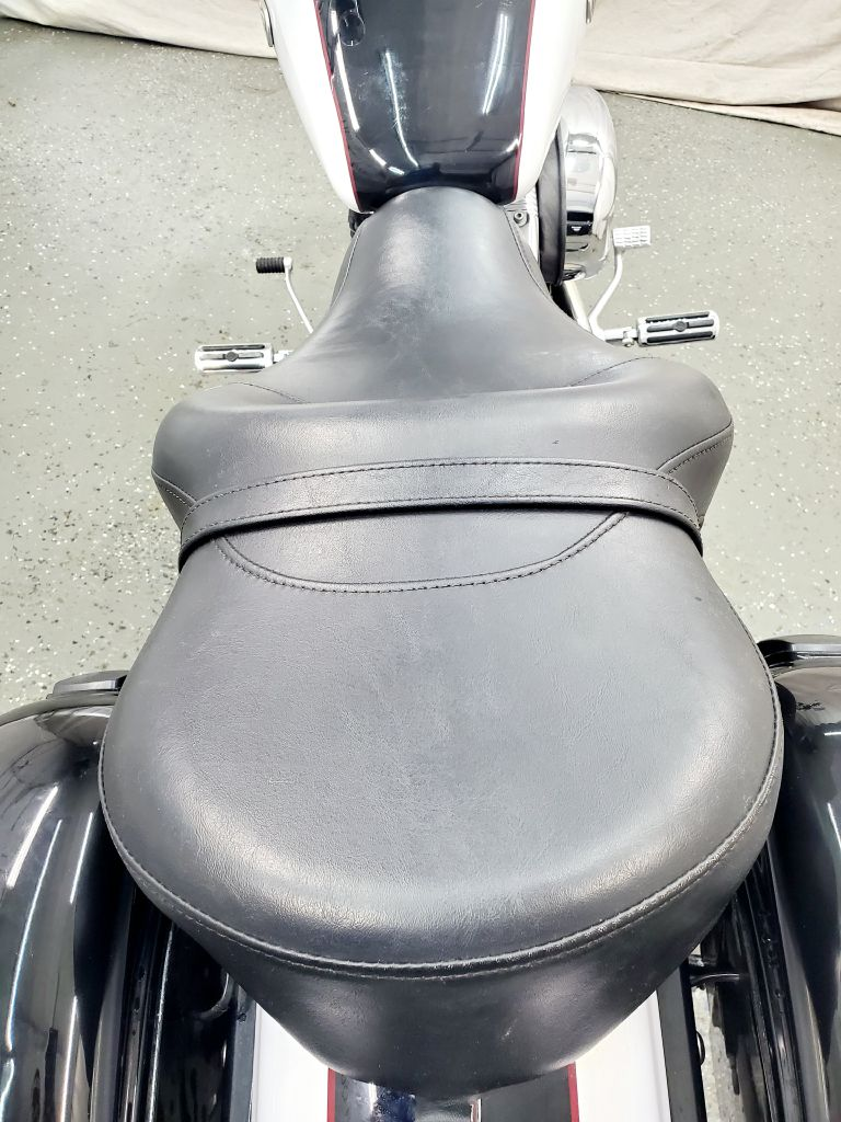 2007 HARLEY-DAVIDSON SPORTSTER XL 1200C for sale at Fast Track Auto Mall