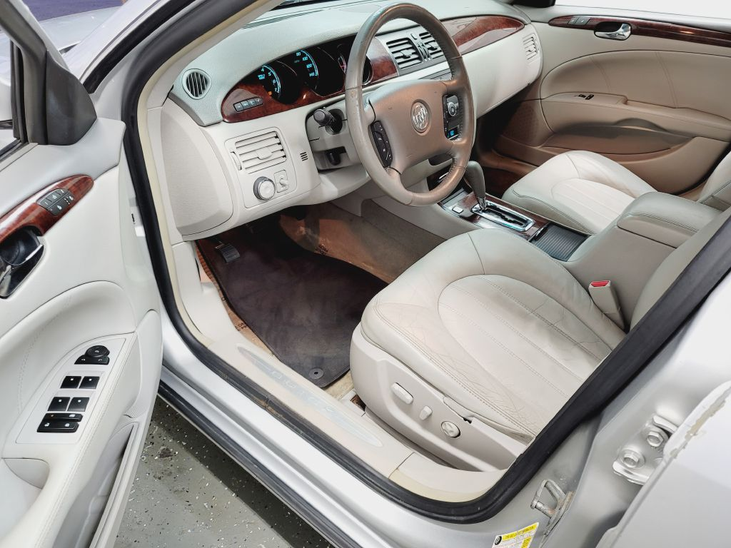 2009 BUICK LUCERNE CXL for sale at Fast Track Auto Mall