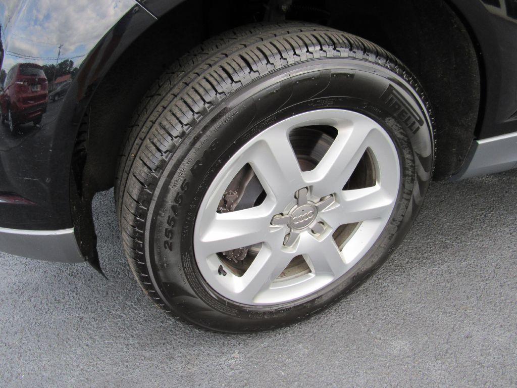 2011 Audi Q7 PREMIUM AWD 3rd Row-NAV-4 NEW Tires!