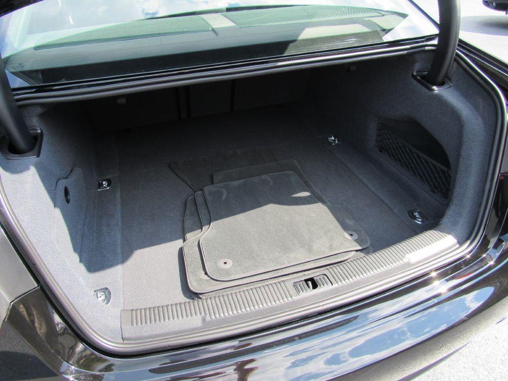 2013 Audi A6 PREMIUM PLUS NAV Blind Spot