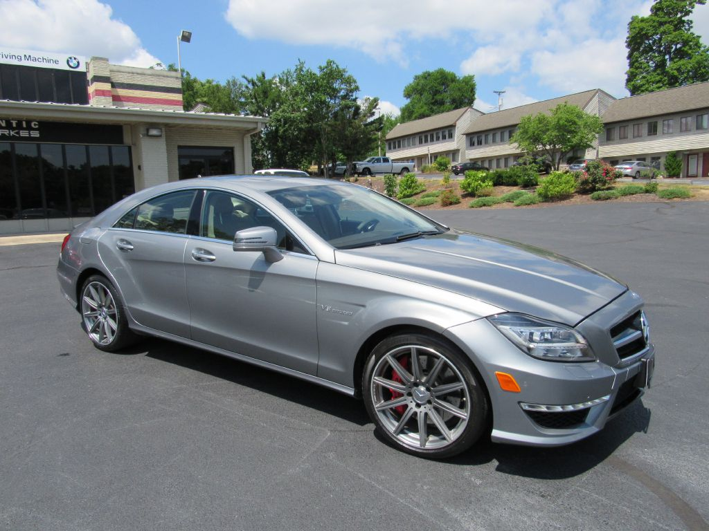 2014 Mercedes-Benz CLS 63 AMG S 575hp Twin Turbo V8 LOADED!