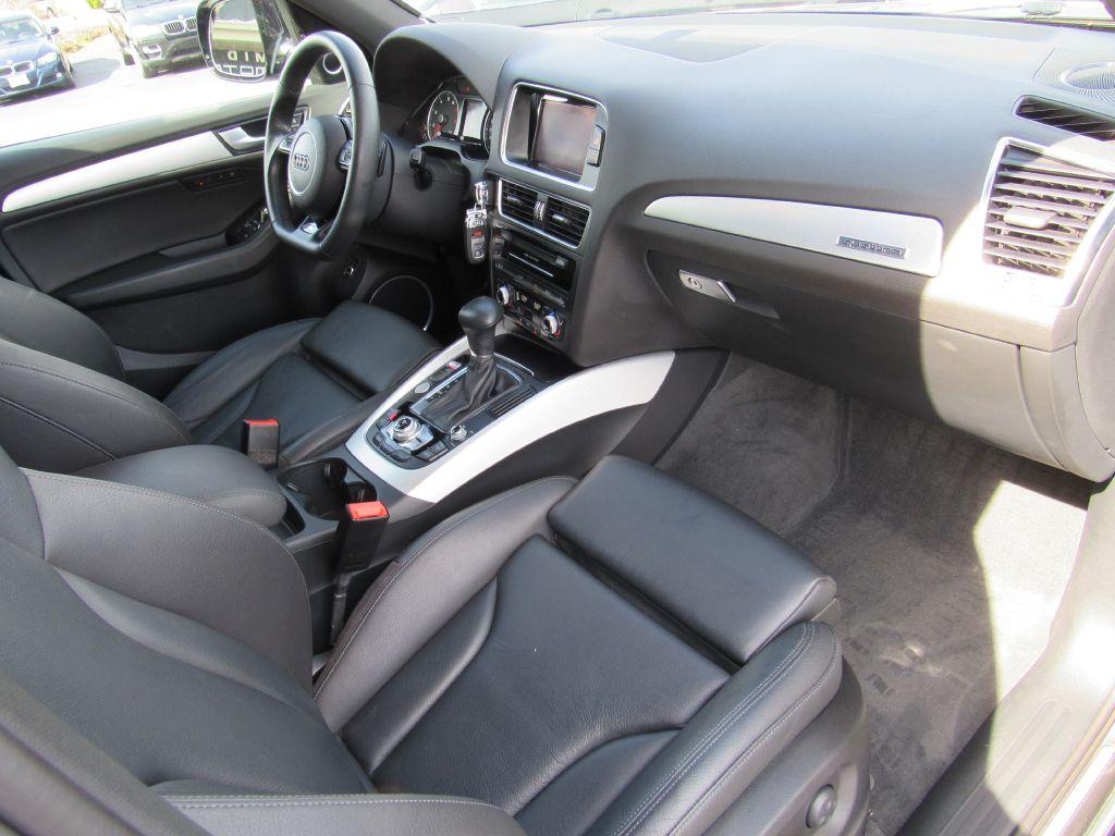 2016 Audi Q5 3.0T QUATTRO Black Optic! 1-Owner! LOADED!!