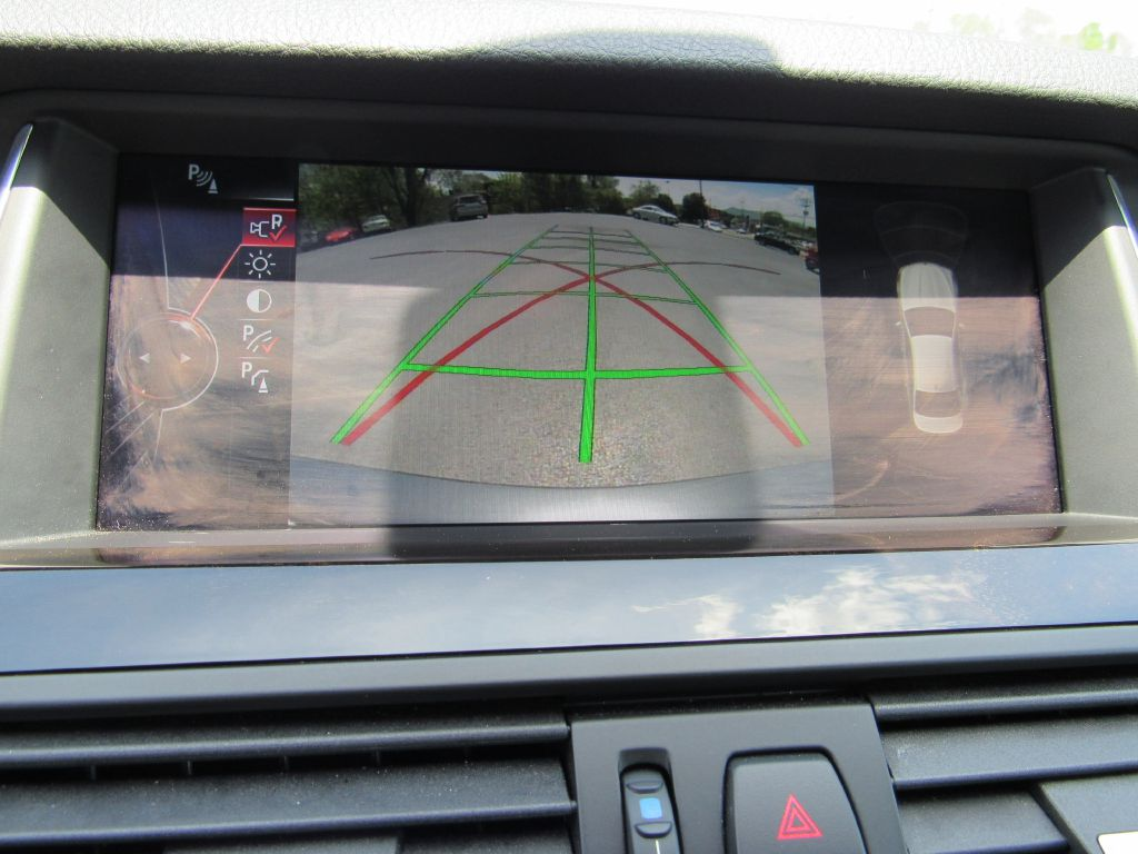 2016 BMW 528I XDRIVE NAV Camera-Head Up Display-CLEAN!!