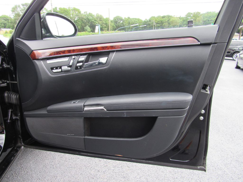 2008 Mercedes-Benz S550 4MATIC $116k MSRP! NAV-Only 62k Miles