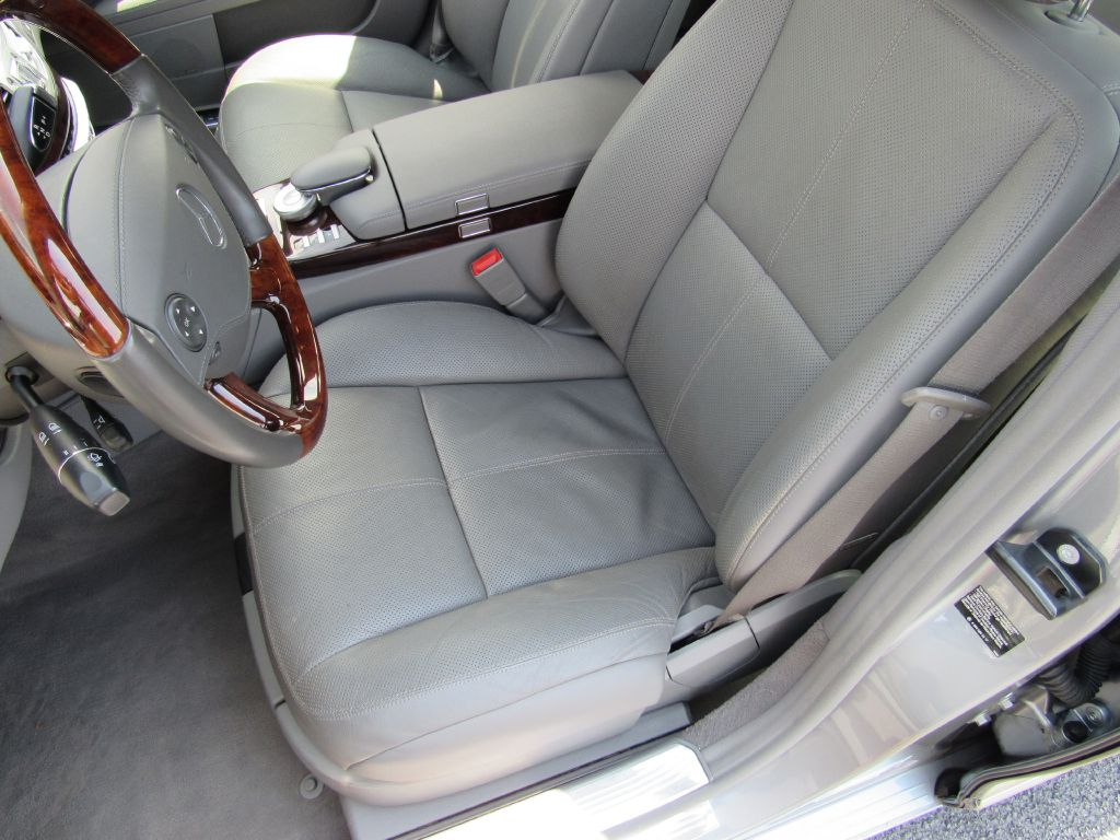 2008 Mercedes-Benz S550 4MATIC Only 47k Miles! Loaded-Clean!!