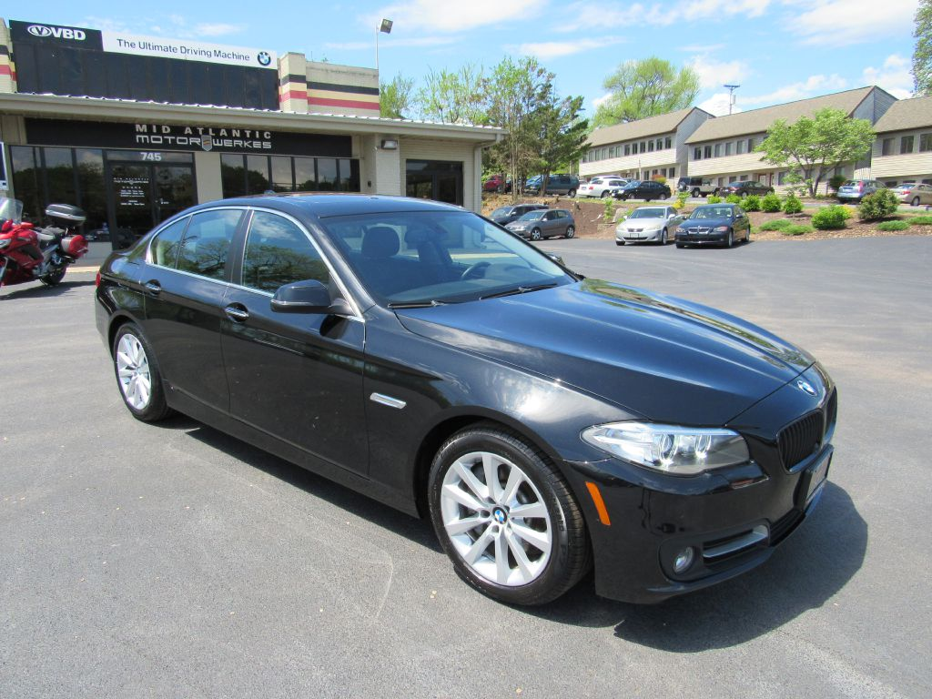 2016 BMW 535I XDRIVE NAV $63k MSRP! Camera-4 NEW Tires!