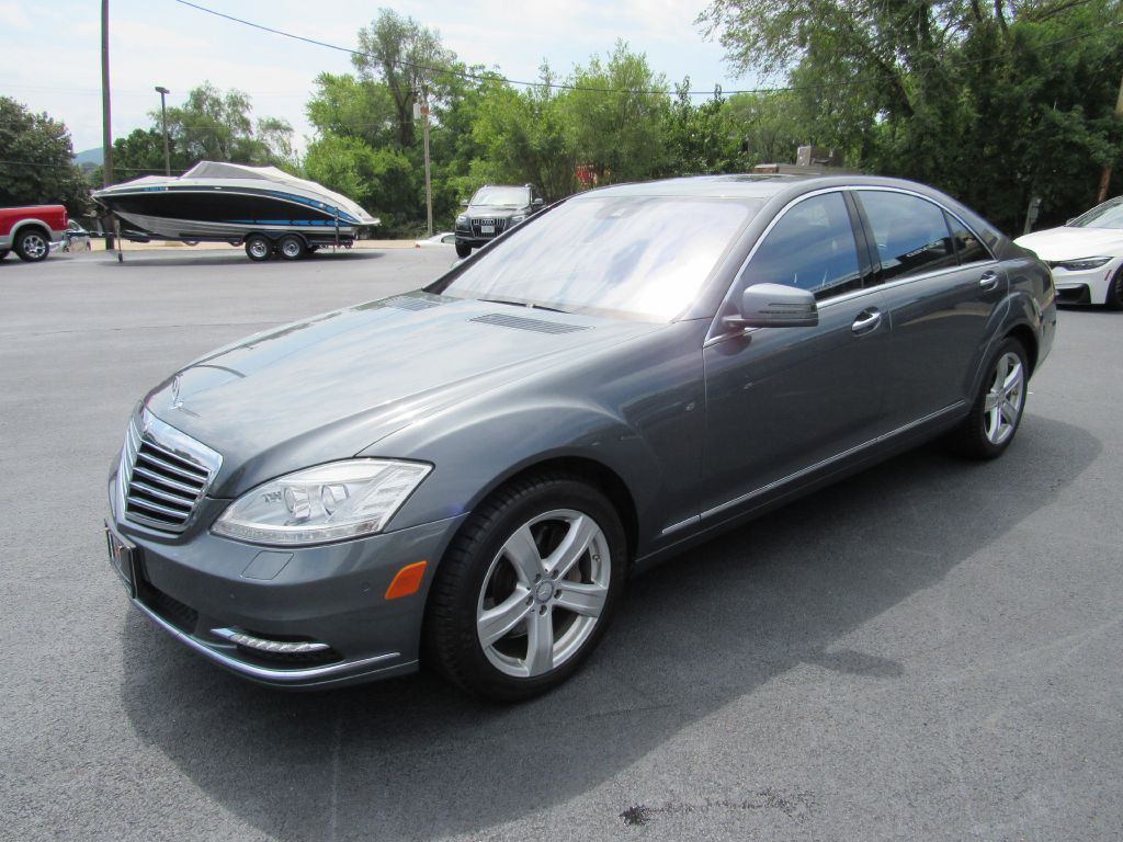 2011 Mercedes-Benz S550 4MATIC Low Miles! $125k MSRP! CLEAN!!