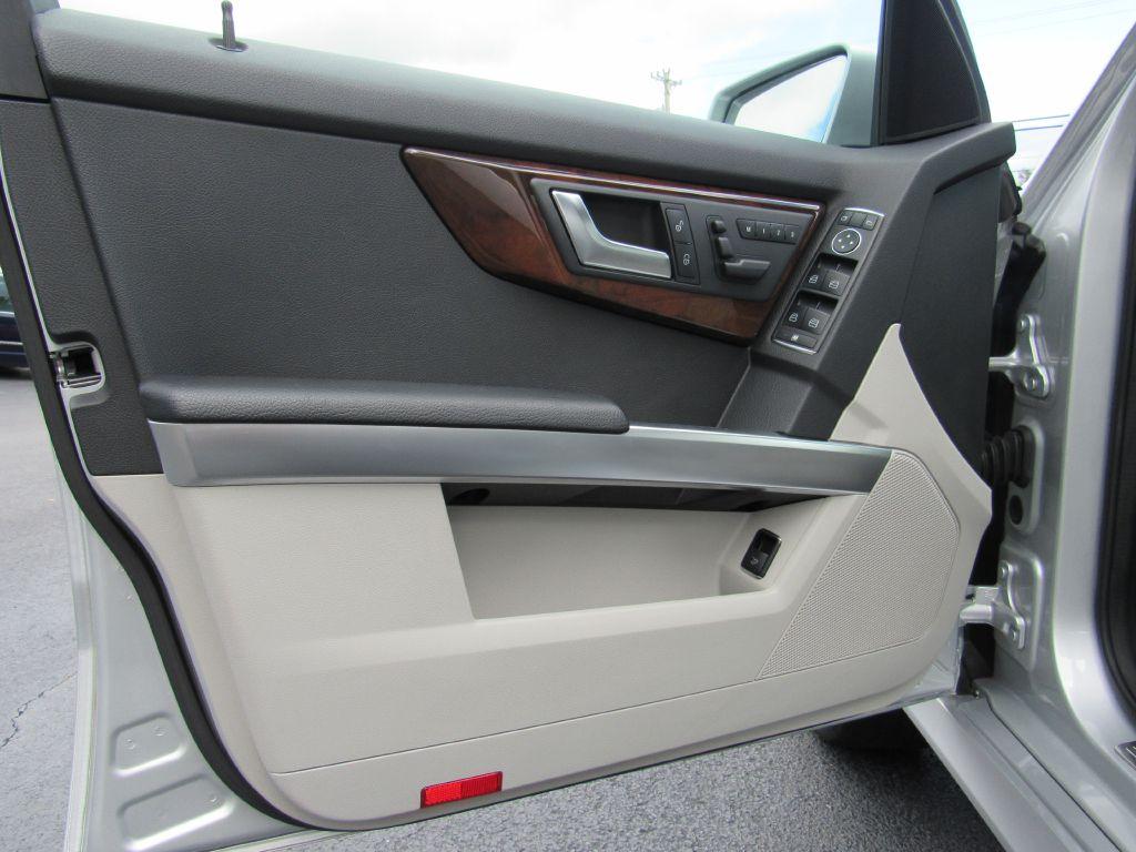 2015 Mercedes-Benz GLK 250 BLUETEC Navigation 4-Matic 35Mpgs!