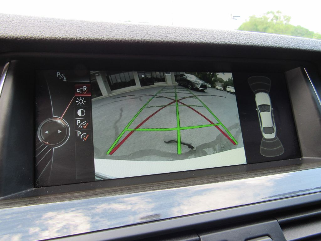 2014 BMW 528I M SPORT Head-Up Display / Great Shape!